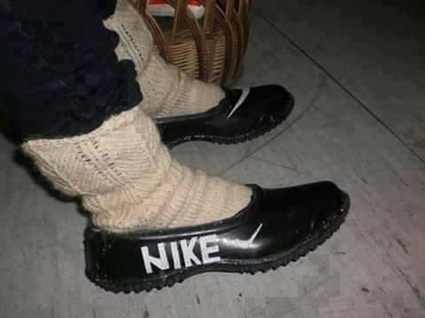 Feudal Búsqueda Reportero  Pantofi sport Nike - Viral Pe Internet