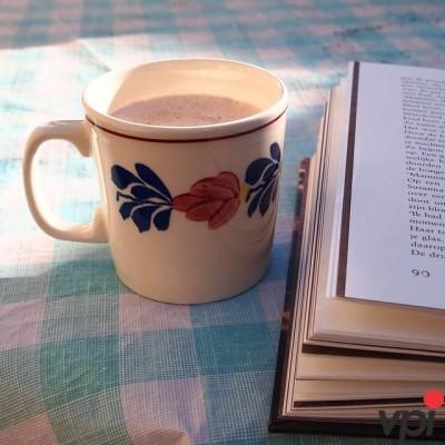 Cafea si o carte buna!