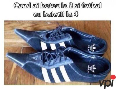 Pantofi practici