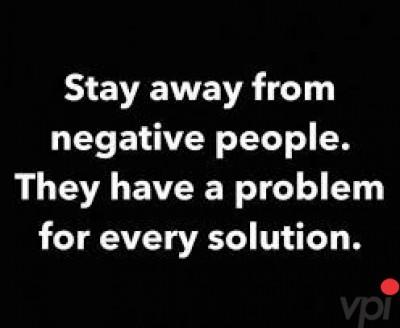Pentru persoane negative!