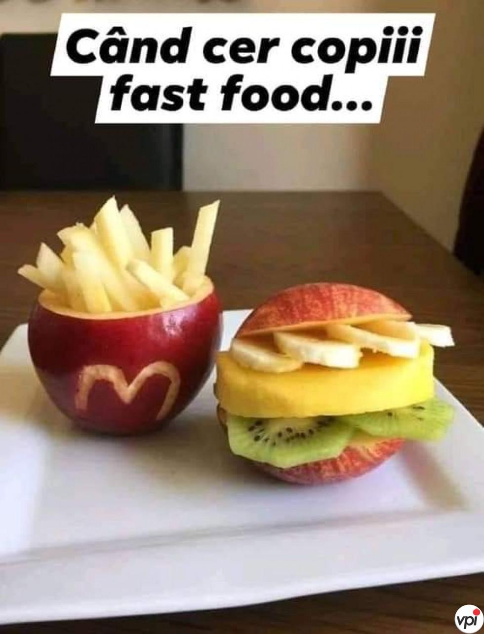 Fast food pentru copii