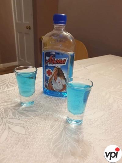 Ceva de băut