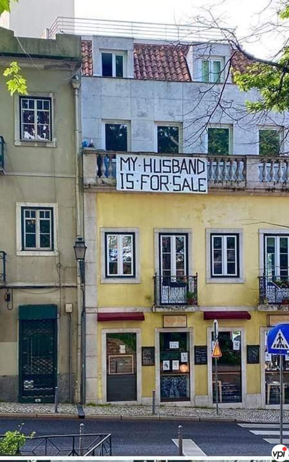 Soț de vânzare!