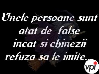 Pentru persoane false!