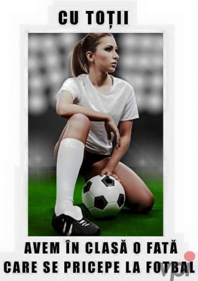 Fete care stiu fotbal